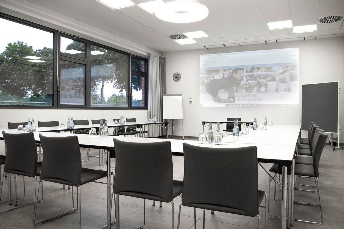 Vermietung von Seminarräumen in Ludwigsburg hier die Seminarraum West im Sportzentrum Ost